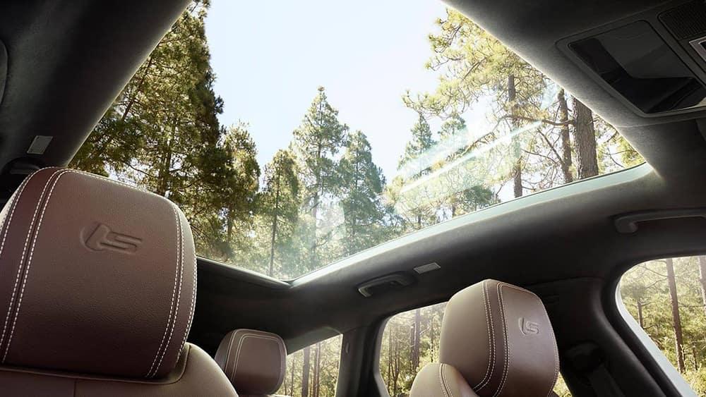 2019 Jaguar XF Interior Sunroof