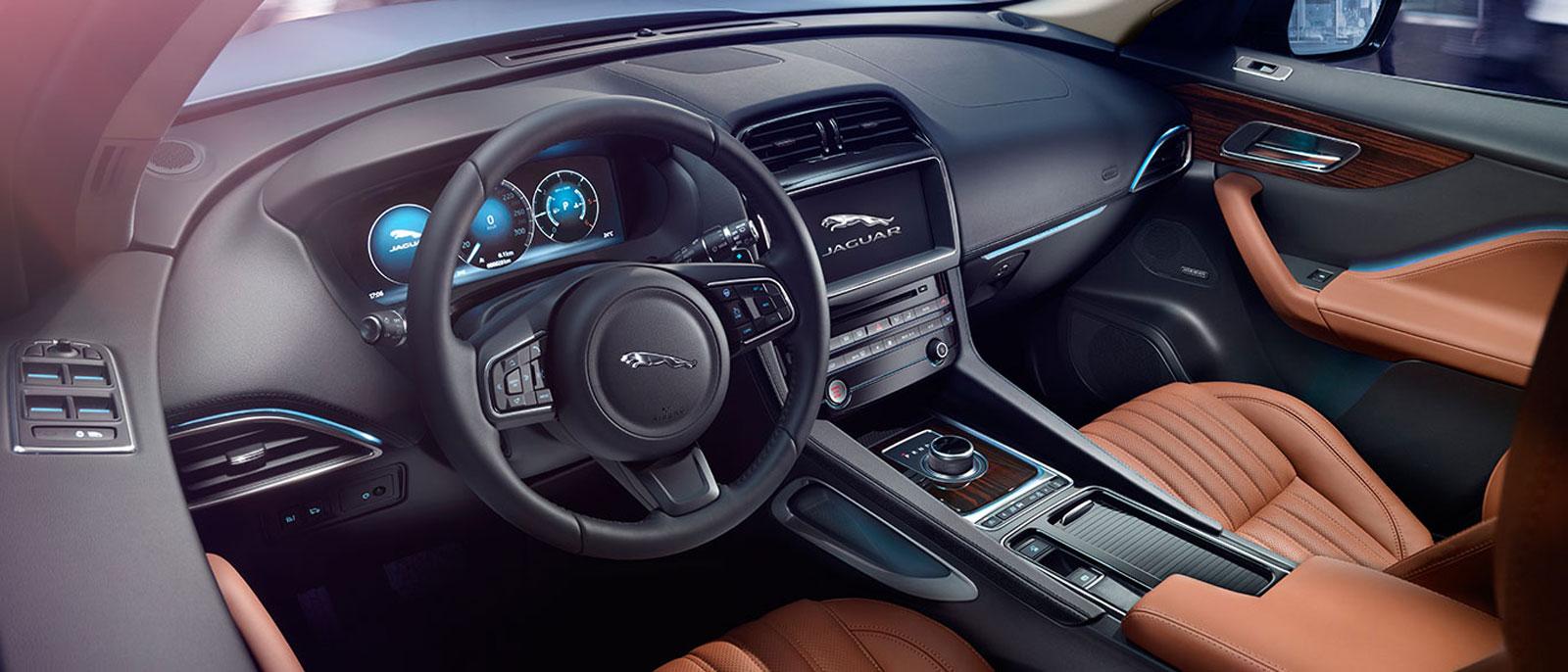 Jaguar Interior 2017 >> Introducing The 2017 Jaguar F Pace Jaguar Monmouth Ocean Nj