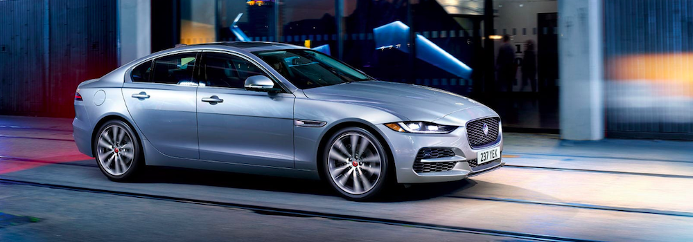 2020 jaguar xe silver exterior