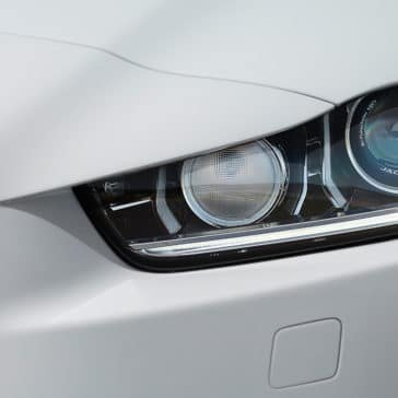 2018 Jaguar XE head light detail