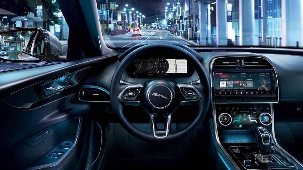 2020 Jaguar XE Dash