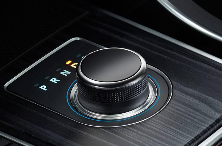 2018 Jaguar XF available features