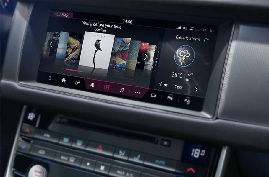 2018 Jaguar XF features