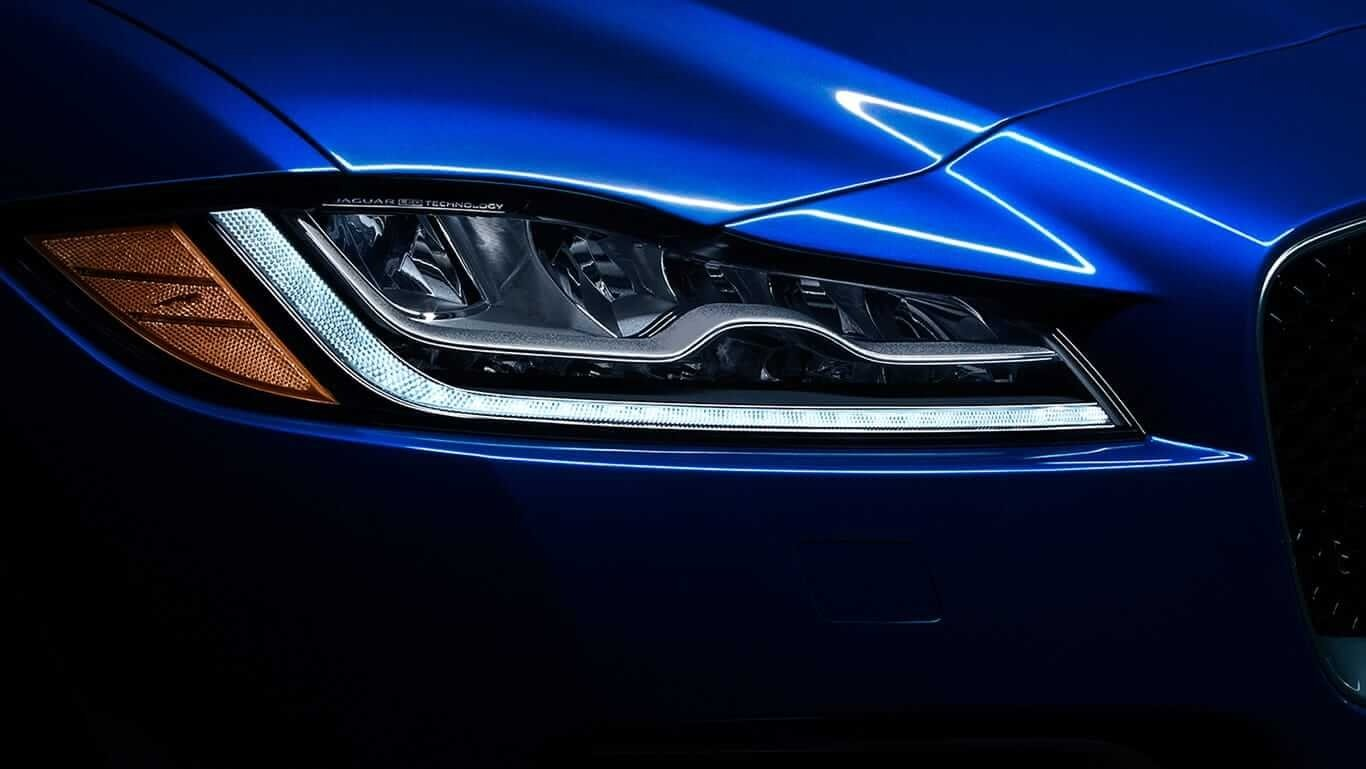 2018 Jaguar F-PACE headlight up close