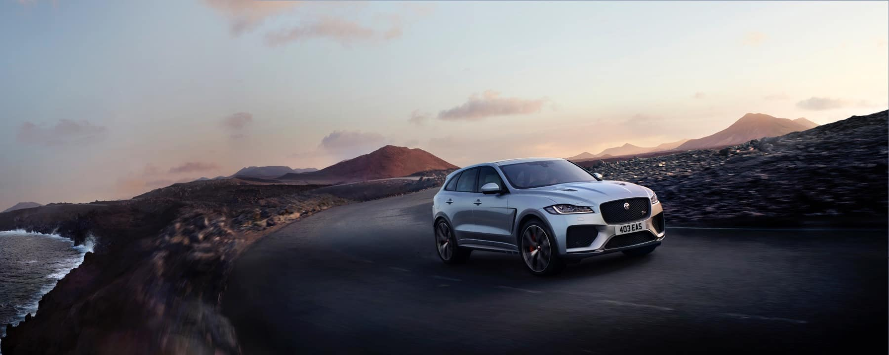 Jaguar-F-TYPE SVR