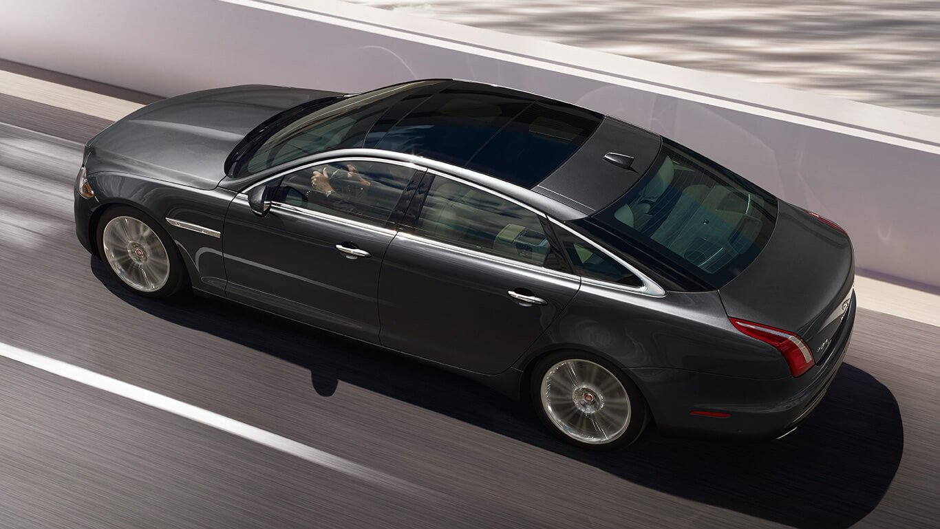 2017 Jaguar XJ