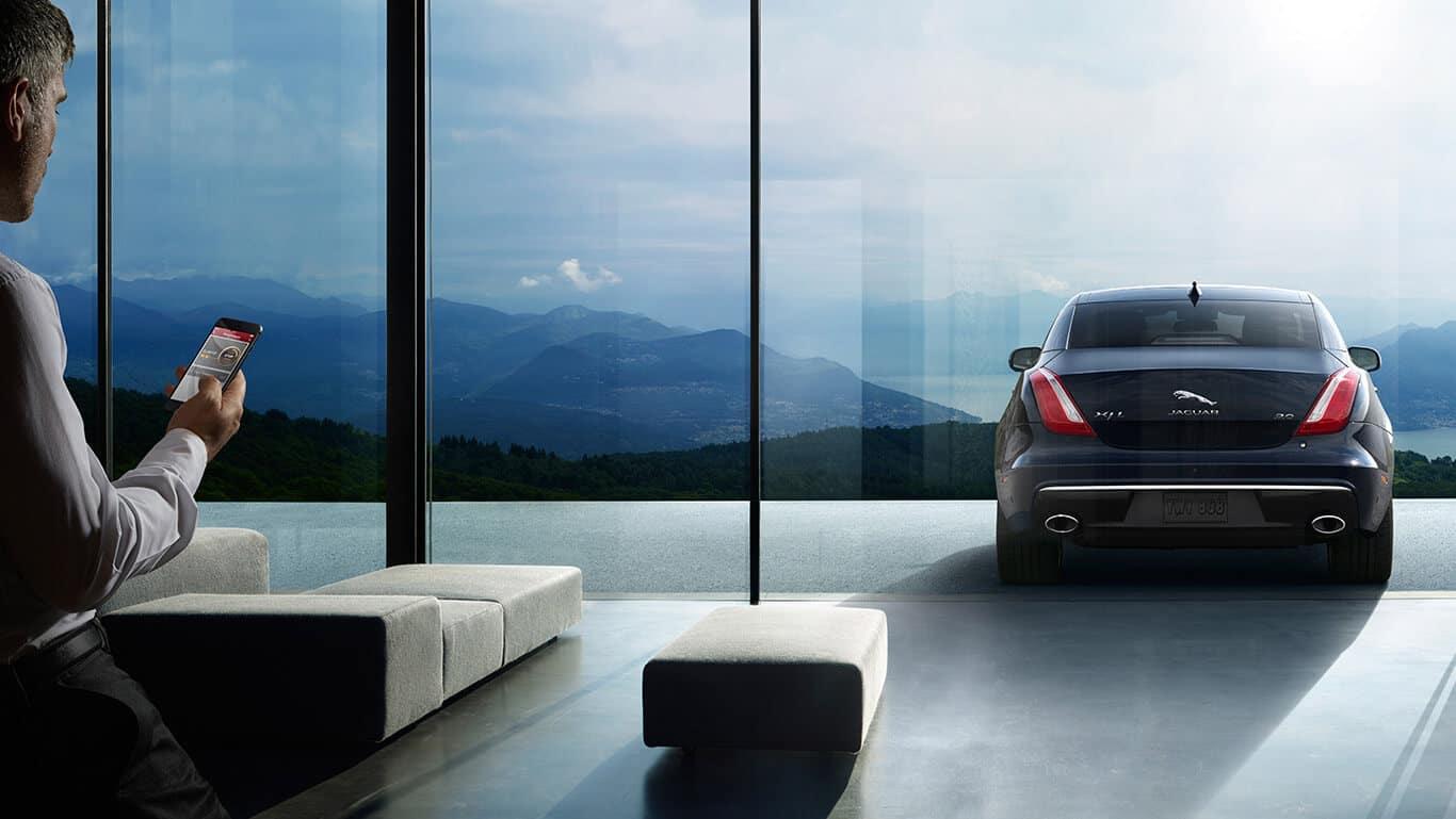 2018 Jaguar XJ Rear View