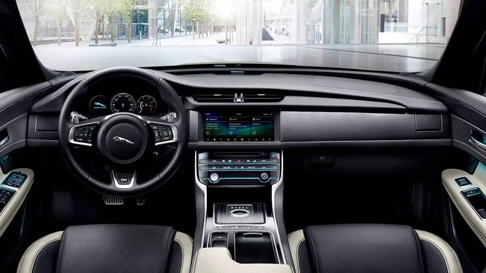 2020 Jaguar XF Dash