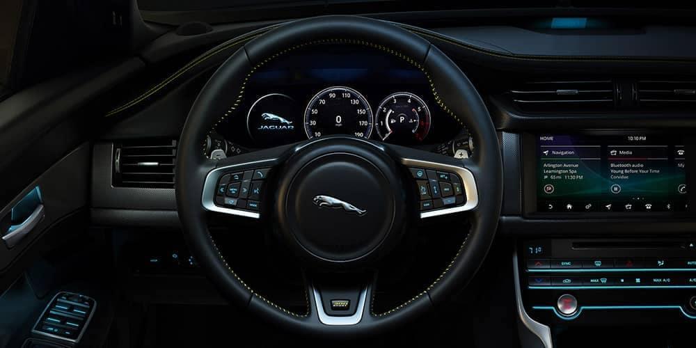 2019 jaguar Interior with jaguar symbol