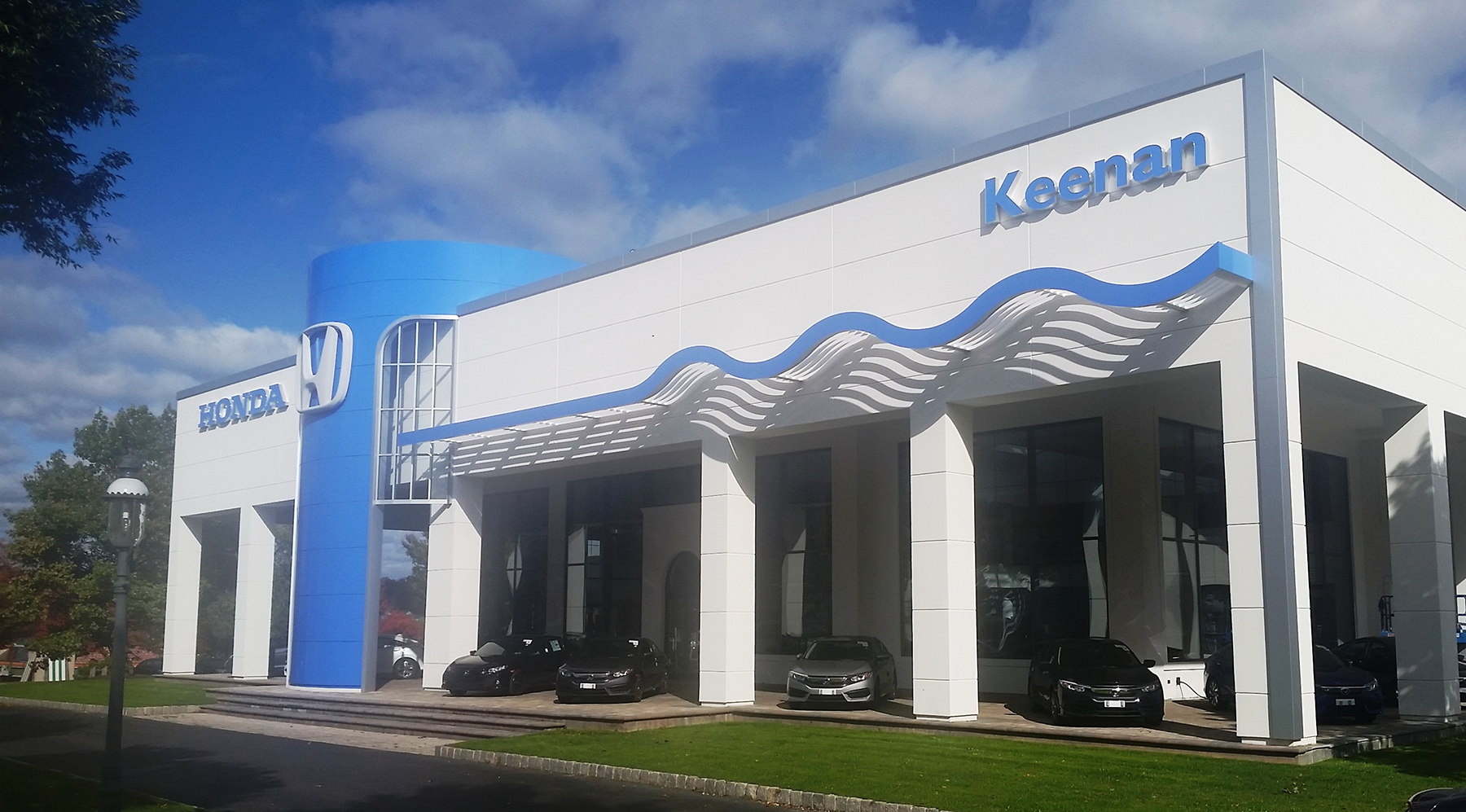 Keenan Honda Dealership Exterior