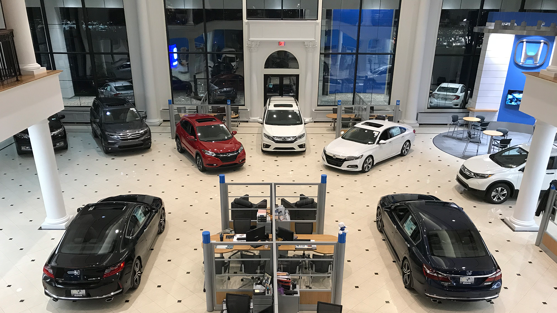 Keenan Honda Dealership Showroom