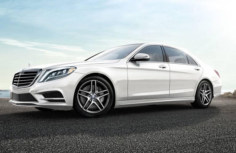 2016-Mercedes-Benz-S-Class-Sedan