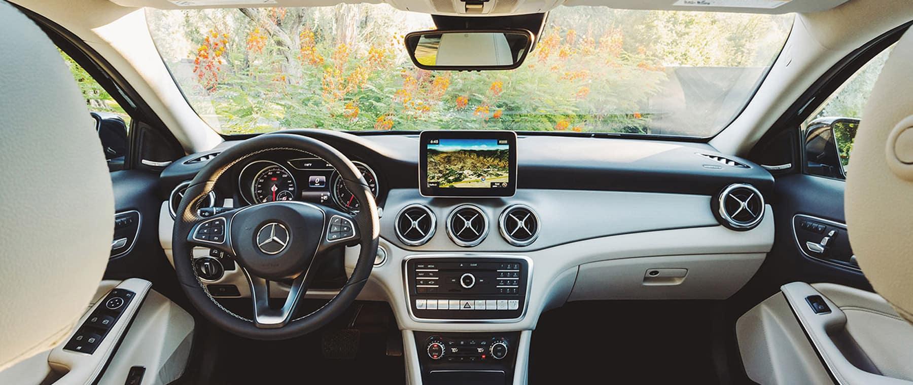 2019 Mercedes-Benz GLA SUV_3