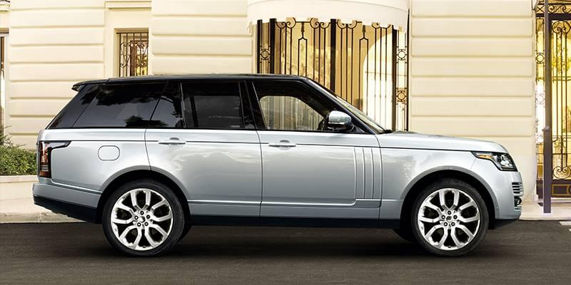 New 2017 Land Rover Range Rover With Navigation & 4WD