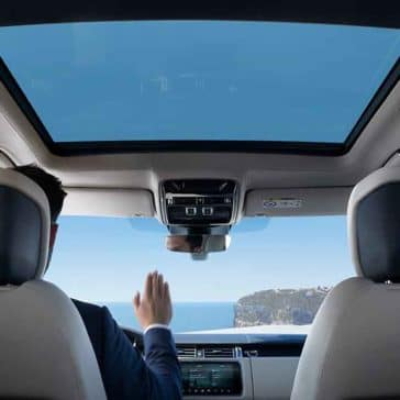 2018 Land Rover Range Rover Interior Features (1)