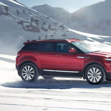 2019 Land Rover Range Rover Evoque Off-Roading Through Snow