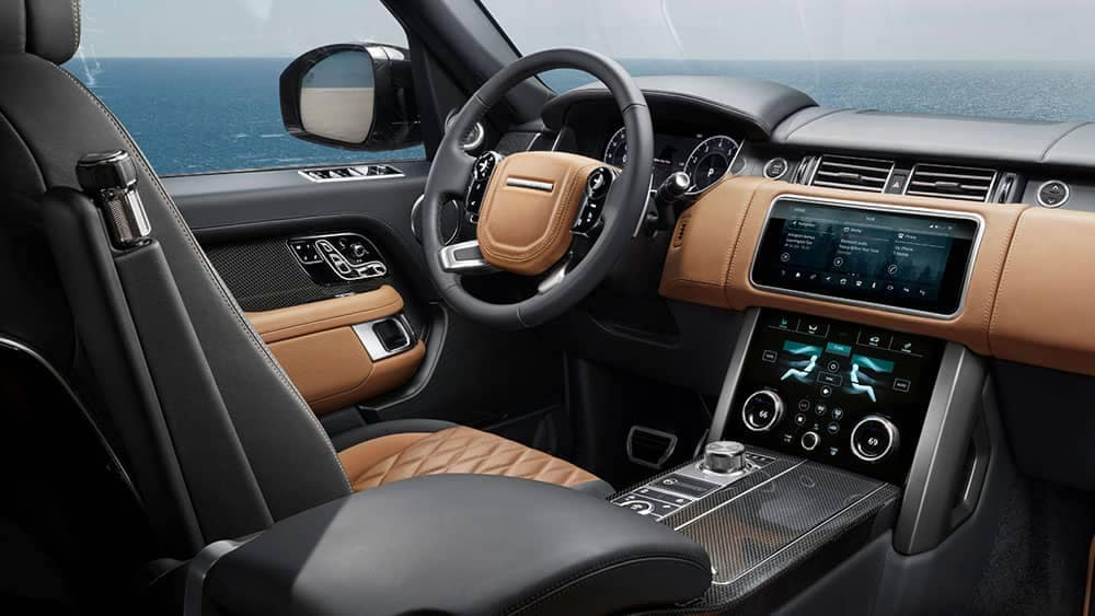2019 Land Rover Range Rover Interior Front Seating and Dashboard