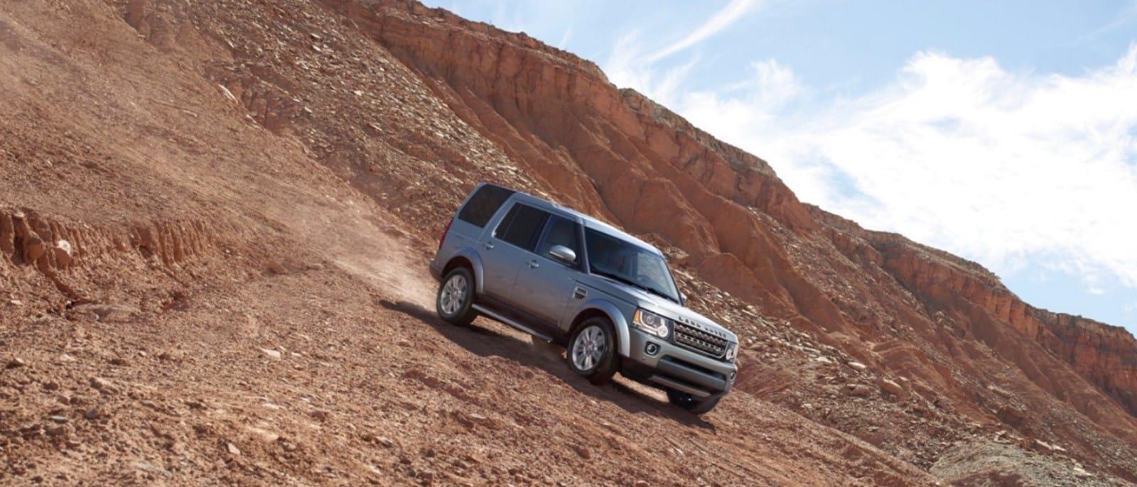 2016-Land-Rover-LR4-Slider-2-1-1600x686