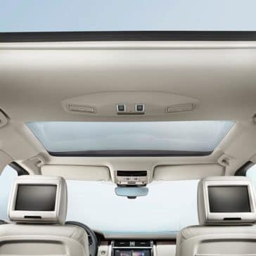 2018 Land Rover Discovery Interior Panoramic Roof