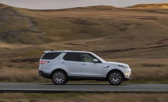 NEW LEASE SPECIAL 2019 Land Rover Discovery SE - 1 Available!
