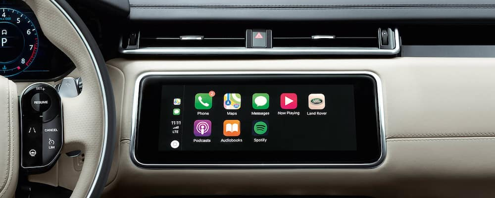 Land Rover Apple CarPlay® and Android Auto™ | FAQ's, Compatibility