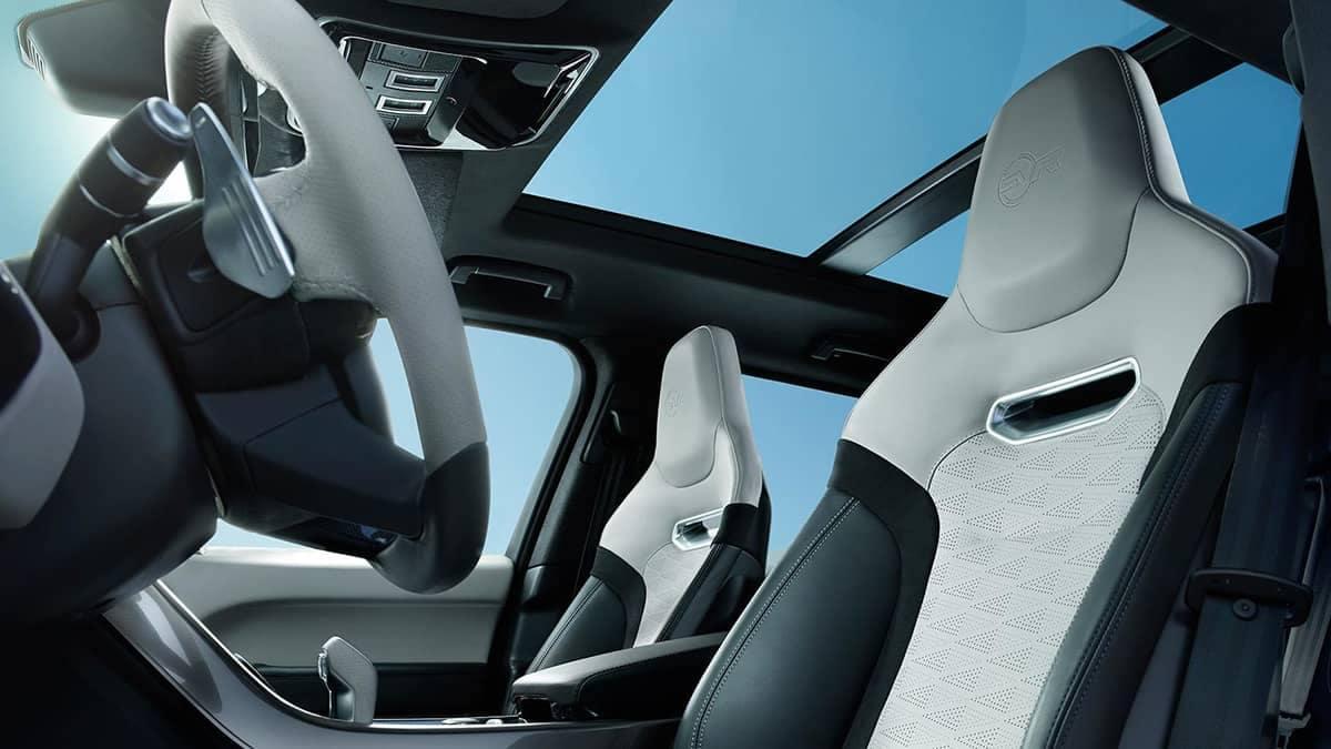 2020-Range-Rover-Sport-moonroof