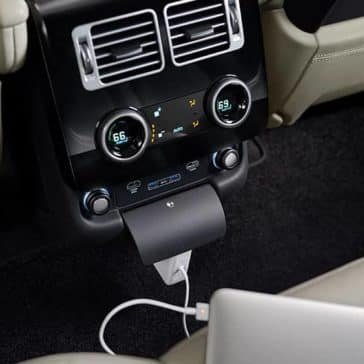 2020 Range Rover USBs and Outlets