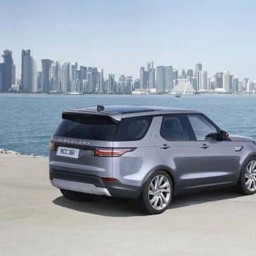2020-Land-Rover-Discovery-Rear