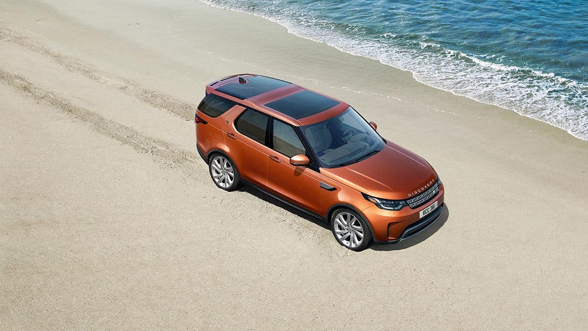 2018 Land Rover Discovery Exterior View