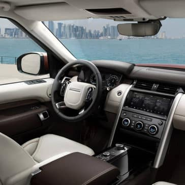 2019 Land Rover Discovery Interior Features