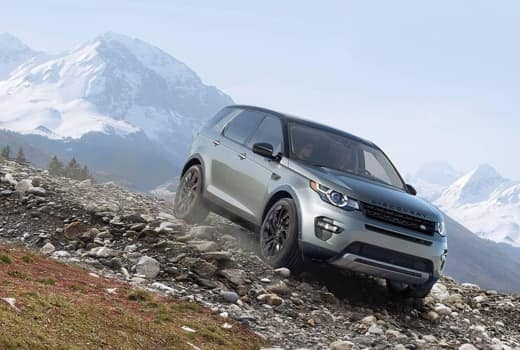 2017 Land Rover Discovery driving downhill