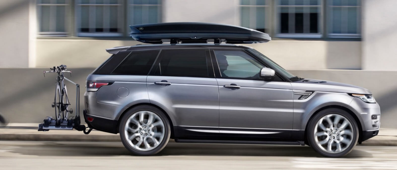 2016 Range Rover Sport profile view