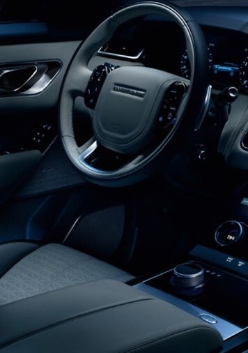 2018 Range Rover Velar front interior