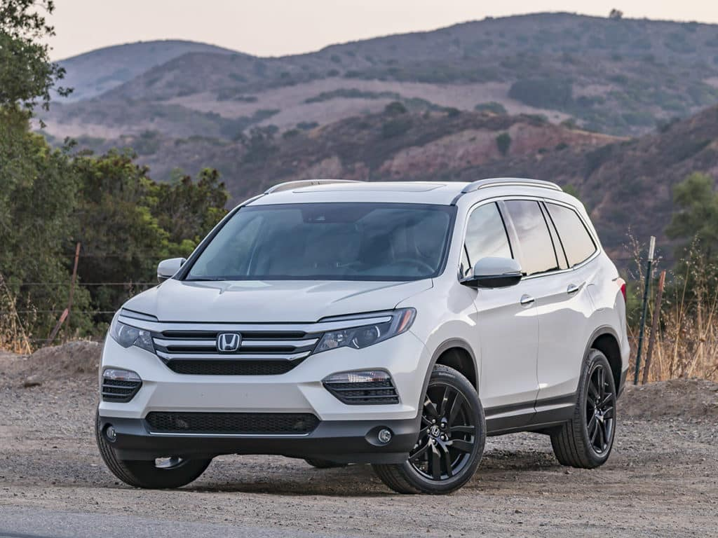 2018 pilot cr v and odyssey all win in kbb 39 s 2018 12 for Honda pilot images