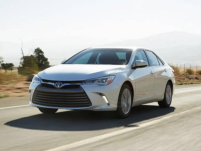 2017 Toyota Camry Hybrid2