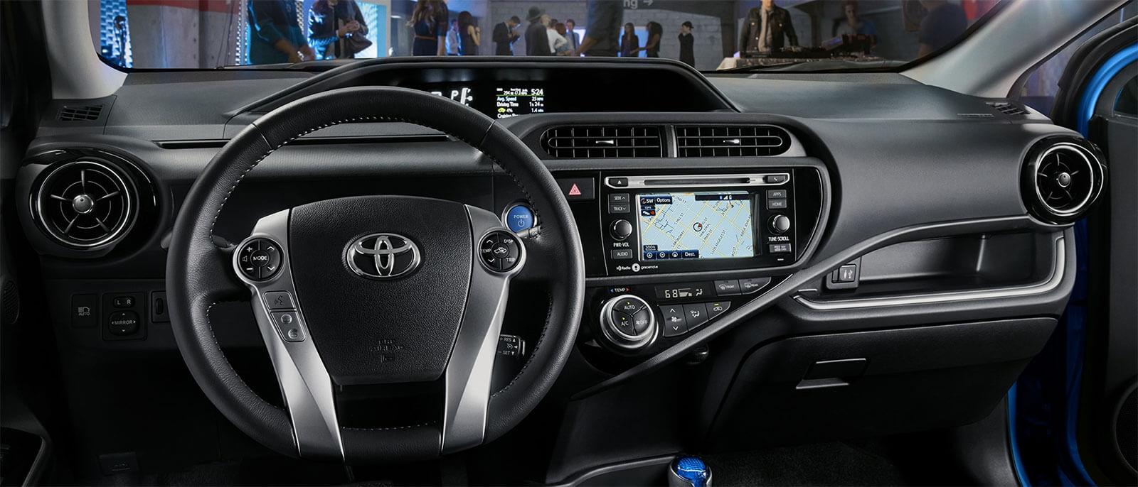 2017 Toyota Prius c interior dashboard view