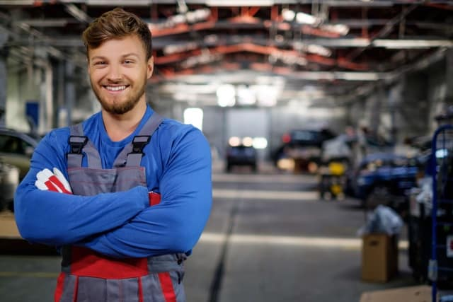 mechanic in the service center