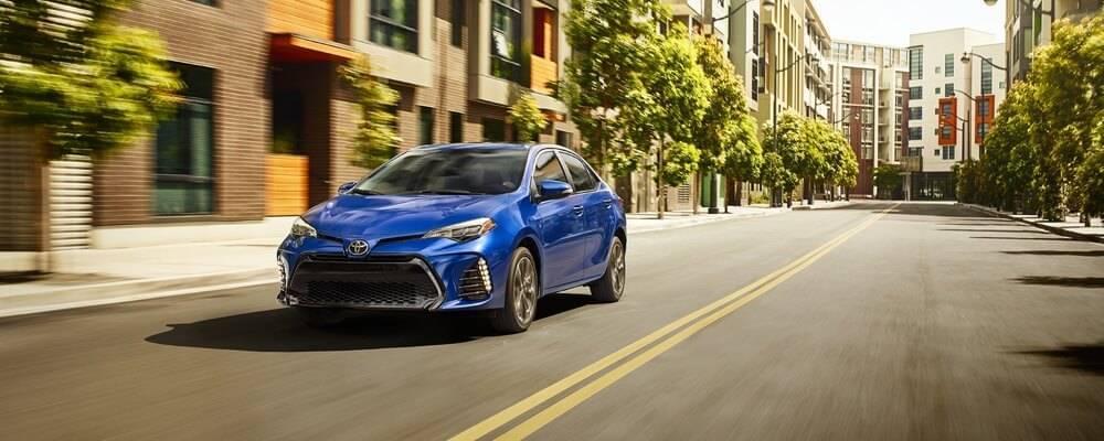2017 Toyota Corolla blue exterior