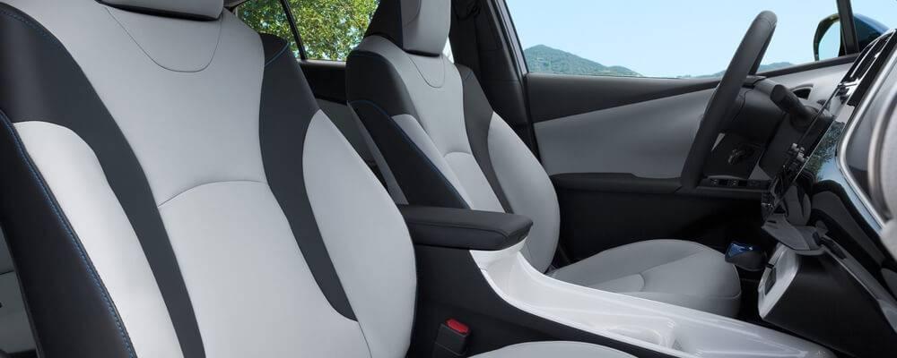 2017 Toyota Prius Front Interior