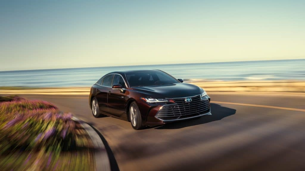 New 2020 Toyota Avalon Hybrid Lease $409 per Month / 36 Months / with $3,708 due at signing
