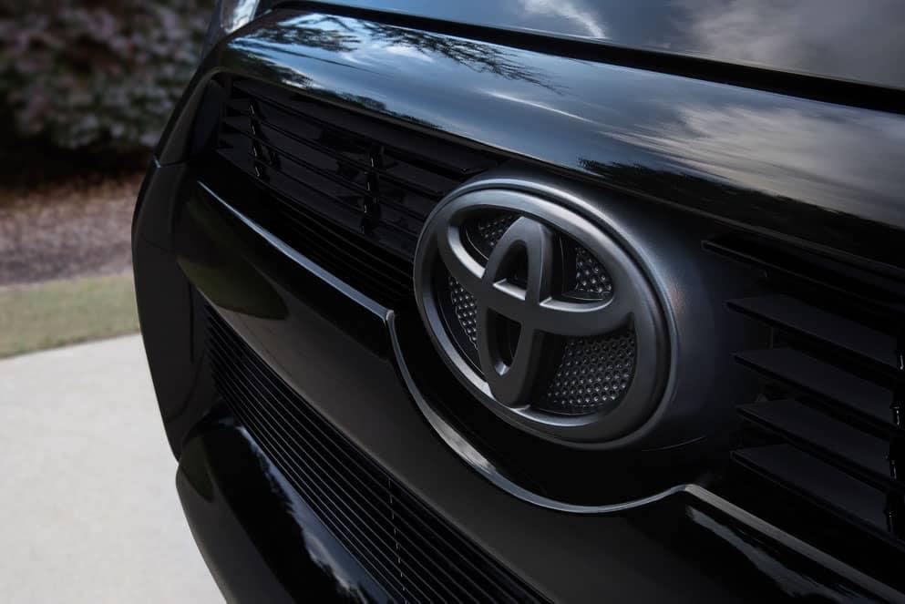 Toyota 4Runner XP black logo