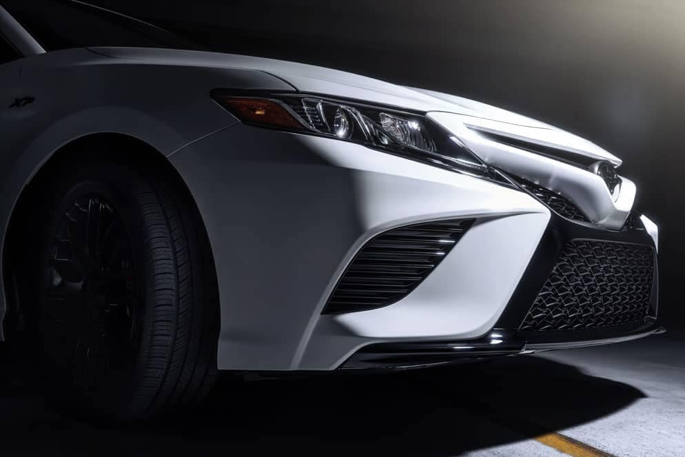 Toyota Camry XP front grille in white