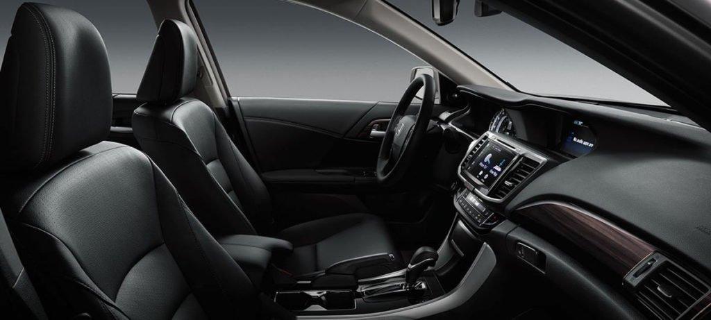 2017-accord-sedan-touring-int-black-leather-interior-finish