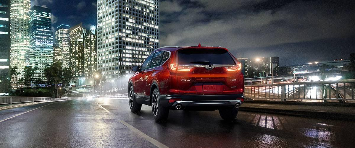 2017-cr-v-awd-touring-ext-34-rear-driver-tail-lights-1400-1x