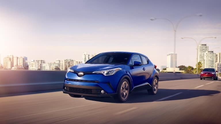 2018-Toyota-C-HR-XLE-Premium-FrontDriving