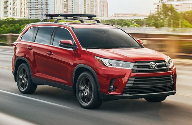 image of a red 2019 Toyota Highlander
