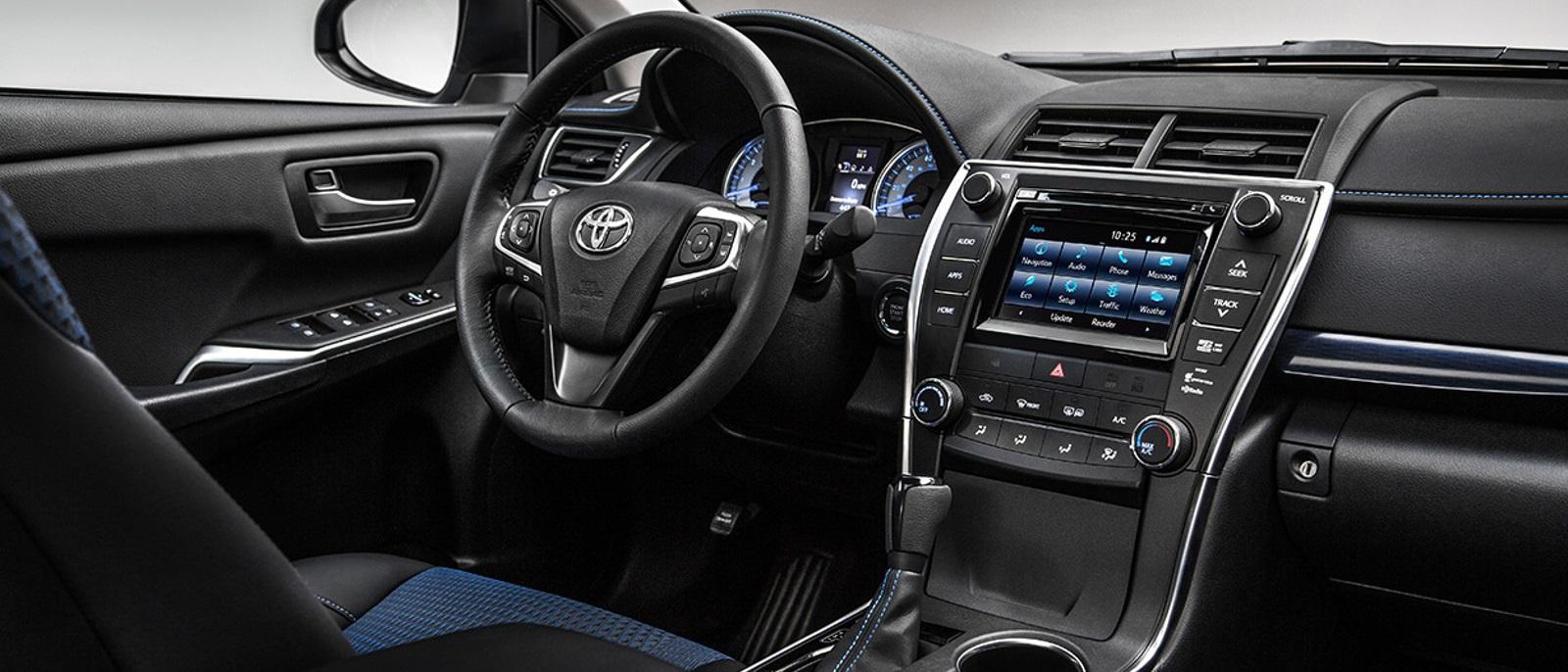 2016-Toyota-Camry-Interior