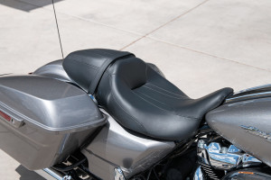 2017 Road Glide seat