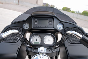 2017 Road Glide infotainment