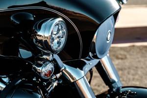 Harley-Davidson® Tri Glide® Ultra headlamps